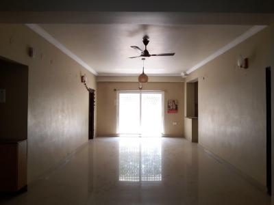Gallery Cover Image of 1950 Sq.ft 3 BHK Apartment for rent in Kondapur for 27000