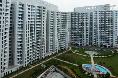 Gallery Cover Image of 2800 Sq.ft 4 BHK Apartment for rent in Sector 43 for 70000