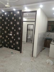 Gallery Cover Image of 750 Sq.ft 3 BHK Independent Floor for buy in Govindpuri for 3400000
