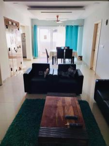 Gallery Cover Image of 1733 Sq.ft 3 BHK Apartment for rent in Kelambakkam for 21000