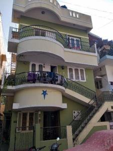Gallery Cover Image of 900 Sq.ft 3 BHK Independent Floor for rent in Vivek Nagar for 18500