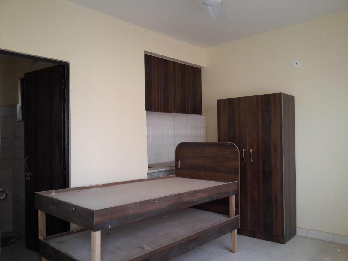 Bedroom Image of 290 Sq.ft 1 RK Apartment for rent in DLF Phase 1 for 13000