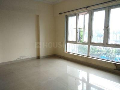 Gallery Cover Image of 1862 Sq.ft 3 BHK Apartment for rent in Crystal Isle 2, Goregaon East for 35000