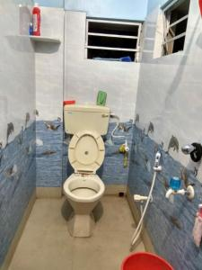 Bathroom Image of PG 5058730 Sodepur in Sodepur