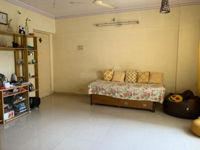 Gallery Cover Image of 700 Sq.ft 2 BHK Apartment for buy in Agarwal Green Point, Malad East for 12000000