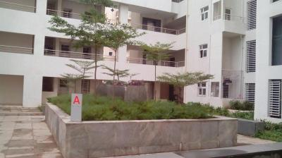 Gallery Cover Image of 1300 Sq.ft 2 BHK Apartment for rent in Viman Nagar for 32000
