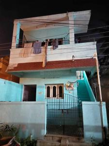 Gallery Cover Image of 1200 Sq.ft 1 BHK Independent House for buy in Guduvancheri for 4000000