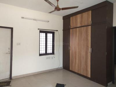 Gallery Cover Image of 950 Sq.ft 1 BHK Independent Floor for rent in Banjara Hills for 15000