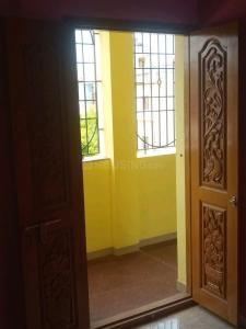 Gallery Cover Image of 650 Sq.ft 1 BHK Apartment for rent in Alandur for 9500