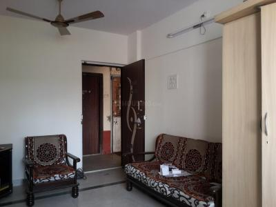 Gallery Cover Image of 570 Sq.ft 1 BHK Apartment for buy in Kandivali East for 8500000