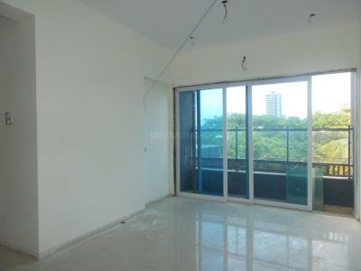 Gallery Cover Image of 750 Sq.ft 1 BHK Apartment for buy in Goregaon West for 9000000