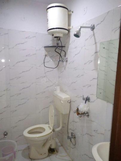 Bathroom Image of Elegant PG in Sector 17