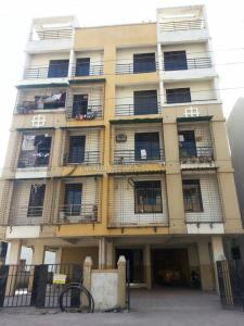 Gallery Cover Image of 900 Sq.ft 1 BHK Apartment for buy in Dubey Gayatri Residency, Kharghar for 5800000