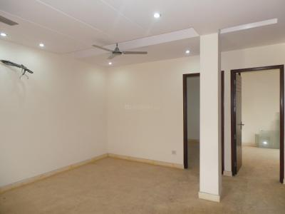 Gallery Cover Image of 1100 Sq.ft 3 BHK Independent Floor for buy in Arjun Nagar for 9000000