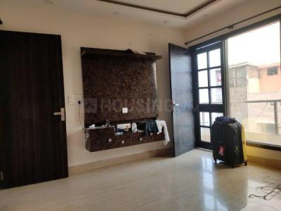 Gallery Cover Image of 1600 Sq.ft 3 BHK Independent Floor for rent in Hari Nagar for 26000