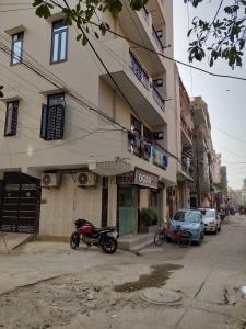 Building Image of Dharam Niwas in Dwarka Mor