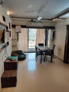 Gallery Cover Image of 1305 Sq.ft 3 BHK Apartment for buy in Progressive Signature, Ghansoli for 15500000