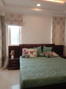 Gallery Cover Image of 950 Sq.ft 1 BHK Independent Floor for rent in Chittaranjan Park for 18000