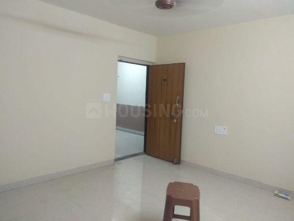 Living Room Image of 625 Sq.ft 1 BHK Apartment for rent in Kurla West for 28000