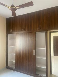 Gallery Cover Image of 1260 Sq.ft 2 BHK Apartment for rent in Madhapur for 17000