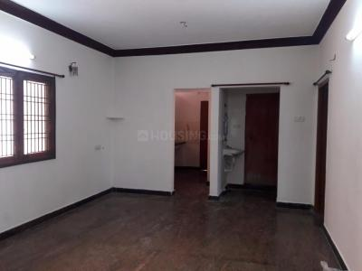 Gallery Cover Image of 11001 Sq.ft 3 BHK Apartment for rent in Khivraj Manasarovar Apartments, Chromepet for 11000