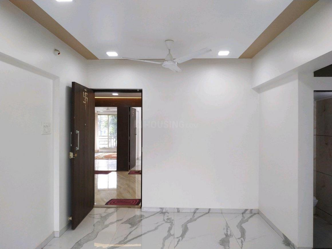 Living Room Image of 750 Sq.ft 1 BHK Apartment for buy in Mira Road East for 5300000