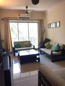 Gallery Cover Image of 985 Sq.ft 2 BHK Apartment for rent in Powai for 45000