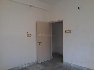 Gallery Cover Image of 480 Sq.ft 1 RK Apartment for buy in Behala for 1250000