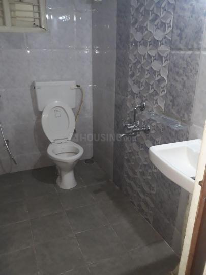 Common Bathroom Image of 1200 Sq.ft 2 BHK Independent Floor for rent in Devarachikkana Halli for 16500