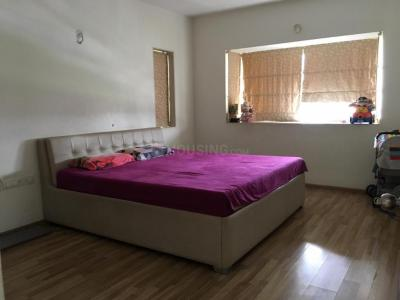Gallery Cover Image of 2115 Sq.ft 3 BHK Apartment for buy in Lodha Golflinks, Khidkali for 17500000