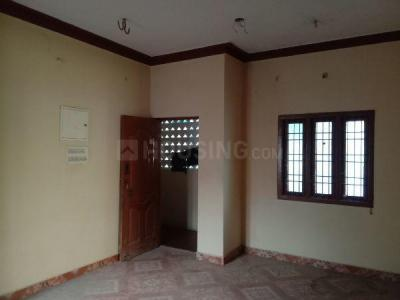 Gallery Cover Image of 675 Sq.ft 1 BHK Apartment for rent in Kattupakkam for 6500