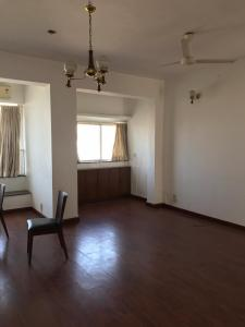 Gallery Cover Image of 2000 Sq.ft 3 BHK Apartment for rent in Lalit, Colaba for 210000