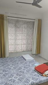 Gallery Cover Image of 1150 Sq.ft 2 BHK Apartment for rent in Lucent Fressia Ranibello, Malad East for 38000