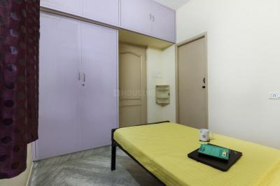 Bedroom Image of Oyo Life Chn1171 Saidapet Metro in Saidapet