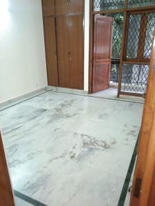 Gallery Cover Image of 1600 Sq.ft 3 BHK Independent House for rent in Chittaranjan Park for 50000