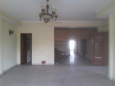 Gallery Cover Image of 2500 Sq.ft 4 BHK Independent Floor for rent in Soami Nagar for 90000