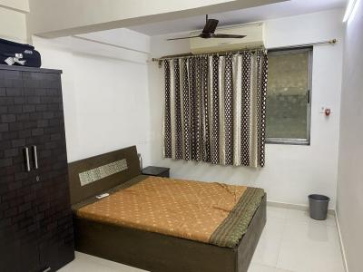 Gallery Cover Image of 1000 Sq.ft 2 BHK Apartment for buy in Sion for 14000000