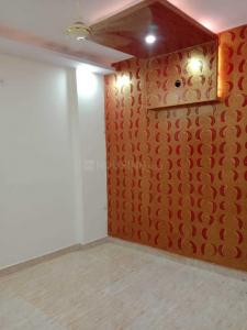 Gallery Cover Image of 450 Sq.ft 1 RK Independent Floor for rent in Uttam Nagar for 6200