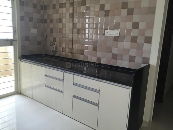 Kitchen Image of 1400 Sq.ft 3 BHK Apartment for rent in Tingre Nagar for 25000