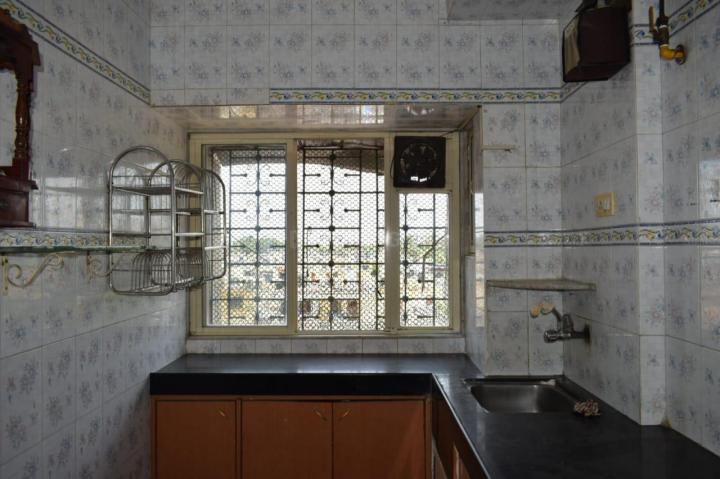 Kitchen Image of 1050 Sq.ft 2 BHK Independent House for rent in Kandivali West for 32000