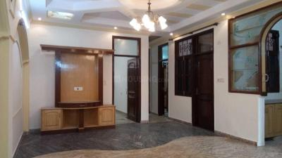 Gallery Cover Image of 1400 Sq.ft 3 BHK Independent Floor for buy in Pitampura for 22500000
