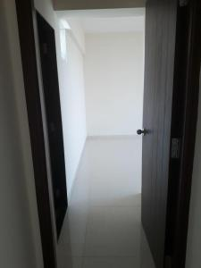 Gallery Cover Image of 651 Sq.ft 2 BHK Apartment for rent in Borivali East for 33000