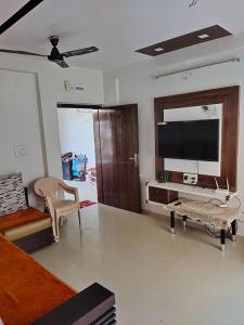 Hall Image of 720 Sq.ft 1 BHK Apartment for buy in Simandhar Simandhar Homes, Gota for 3400000