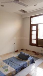 Gallery Cover Image of 1500 Sq.ft 3 BHK Independent Floor for rent in Sector 15 for 35000