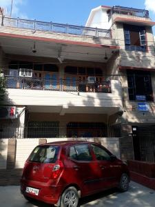 Building Image of Mahalaxmi PG in Sector 56
