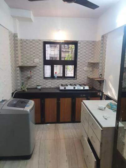 Kitchen Image of 650 Sq.ft 1 BHK Apartment for rent in Andheri West for 36000