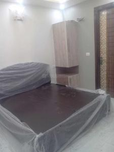 Gallery Cover Image of 900 Sq.ft 3 BHK Independent Floor for rent in Dwarka Mor for 25000