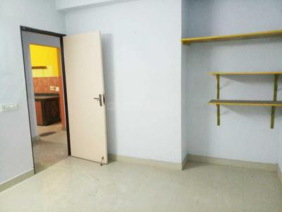 Gallery Cover Image of 1400 Sq.ft 3 BHK Apartment for rent in Tollygunge for 25000