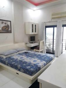 Gallery Cover Image of 1500 Sq.ft 3 BHK Apartment for buy in Bhayandar West for 15000000