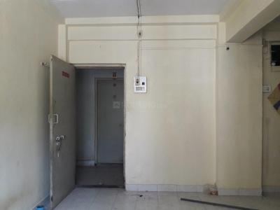 Gallery Cover Image of 305 Sq.ft 1 RK Apartment for rent in Malad West for 8500